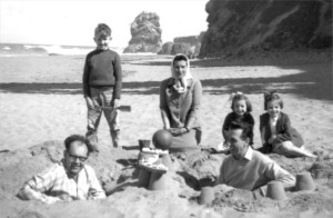 Dennis, Roy and Janis Manterfield with May, Ken and Sheila Owston (1961)