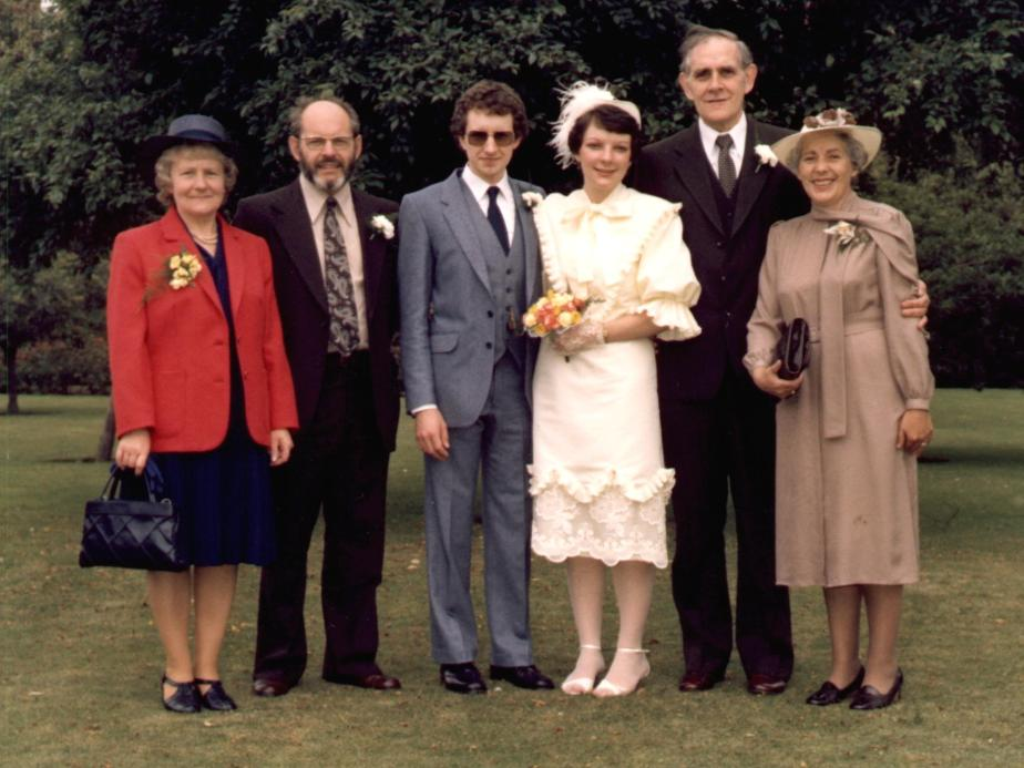 Roy and Sue Manterfield's Wedding Day with parents (24 July 1982)