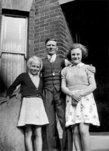 Betty, Ernest and Joyce Swinard (1938)