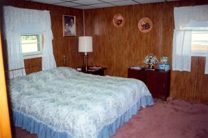 Billie and Allan's large basement bedroom (1-May-1996)
