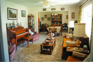 Billie and Allan's lounge and dining room (30-April-1996)
