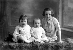 Joyce, Betty and Rosina Swinard (1928)