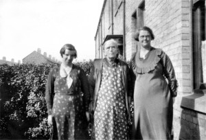 Martha Duddridge and Florence Weallans on the right - George's Grandmother and Mother (c1930s)